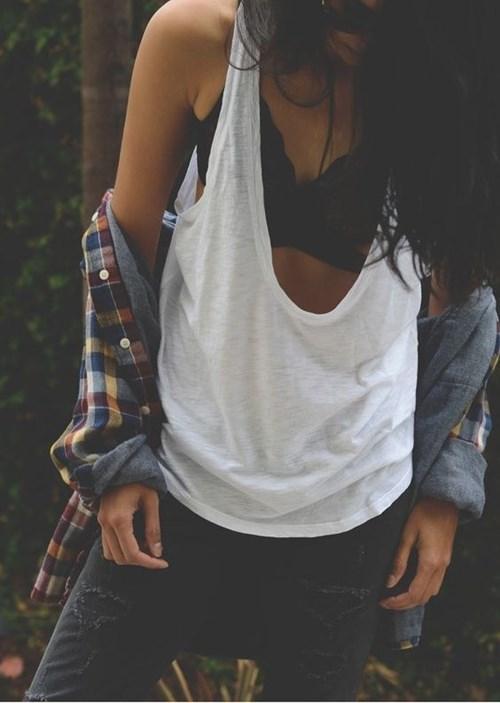 6 lí do bạn nên thay áo ngực bằng một chiếc bralette