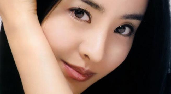 Bí quyết làm đẹp đôi mắt mà không cần trang điểm
