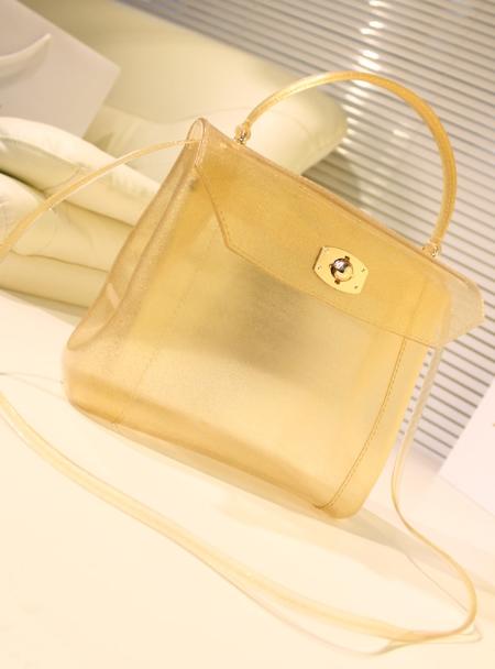 Bst túi xách nhựa sành điệu của nàng công sở