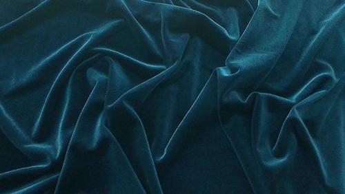 Cách mua vải may đồ sành điệu đúng xu hướng quốc tế