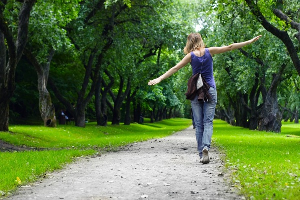 Hướng dẫn đi bộ giúp giảm cân hiệu quả tốt nhất trong 1 tuần