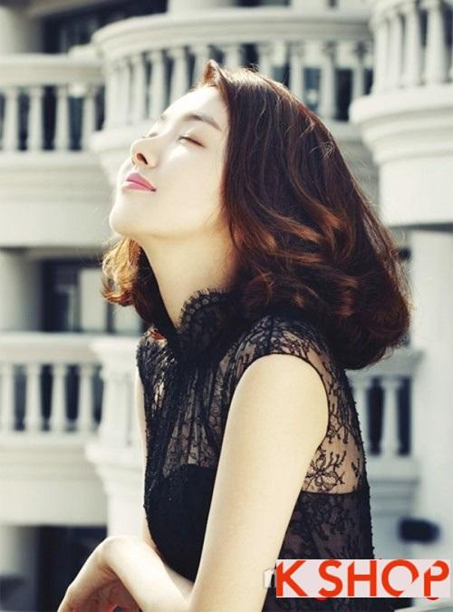 Mẫu tóc ngắn uốn xoăn mang lại vẻ đẹp dịu dàng trẻ trung cho nàng