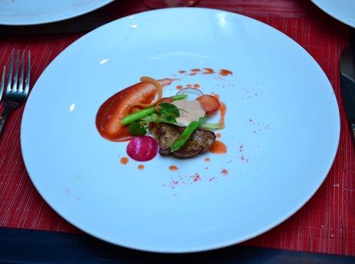 Thưởng thức ẩm thực ngon tuyệt cú mèo của đầu bếp danh tiếng pháp