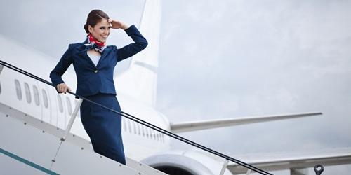 101 quy tắc thời trang lạ đời của tiếp viên hàng không