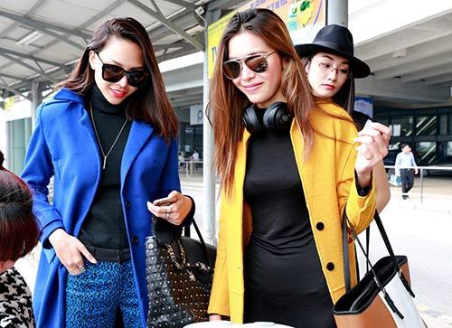 Hà anh trang khiếu hoàng thuỳ đọ thời trang sành điệu ở sân bay nội bài