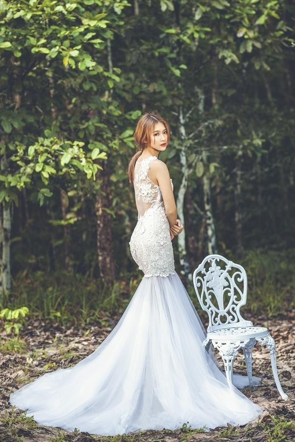 Hot girl việt đo sắc khi diện váy cưới trắng tinh