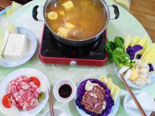Thơm ngon bổ dưỡng với món lẩu nấm bò cật heo