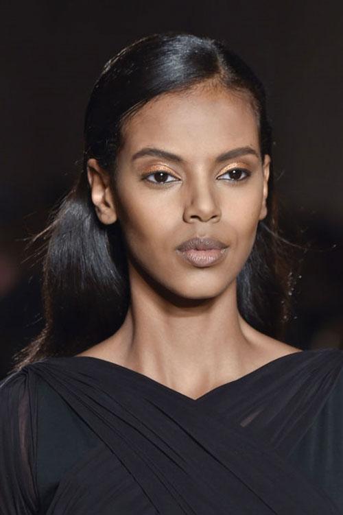 5 xu hướng make-up đang dậy sóng thời gian gần đây