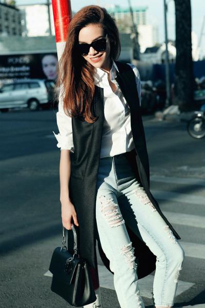 Dạo phố đầy tự tin với bộ cánh thời trang kin concept như hà hồ