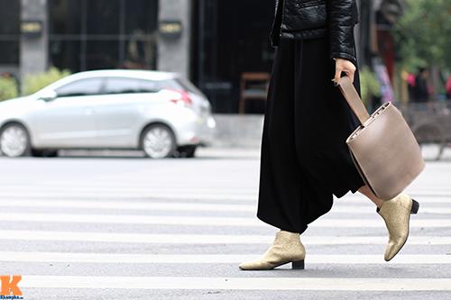 Những gam màu tôn da nịnh dáng đang thống lĩnh đường phố việt