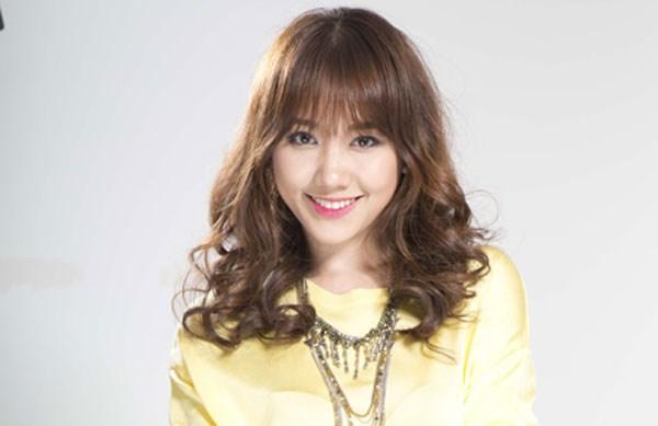 Tóc xoăn retro đẹp của hari won