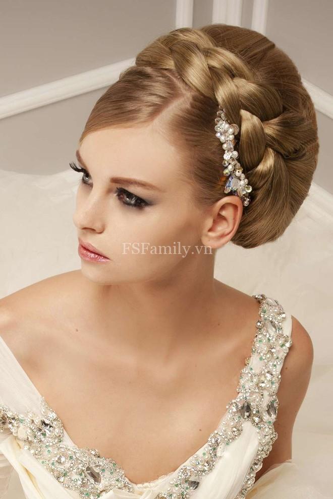 Tóc búi đẹp quyến rũ dành riêng cho cô dâu