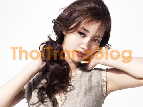 Tóc mái lưa thưa kiểu cho nàng mặt dài thêm xinh xắn