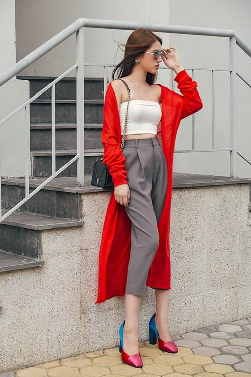 Không khó để mặc đẹp với đồ layer cho cô nàng công sở