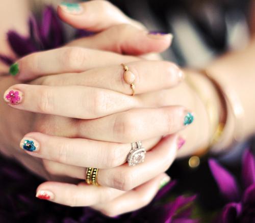 Cách vẽ móng tay nail hoa đẹp 2017 cho nàng nổi bật điệu đà xuống phố