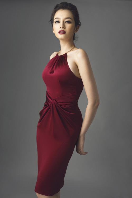 Trúc diễm lan khuê mách nước chọn váy che eo ngấn mỡ