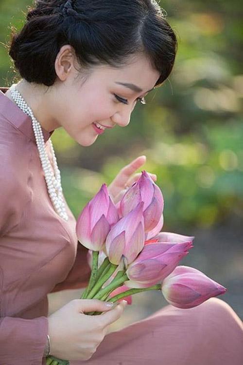 Mc thời sự vtv được phong top 10 hoa hậu việt nam