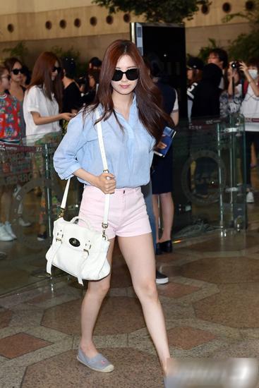 Seohyun snsd với gu mặc đơn giản
