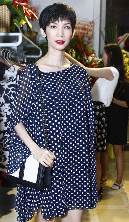 Ngô thanh vân xuân lan diện váy hè giản dị