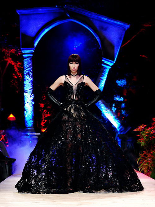 Thiên thần - quỷ dữ rộn ràng trong vườn địa đàng thời trang