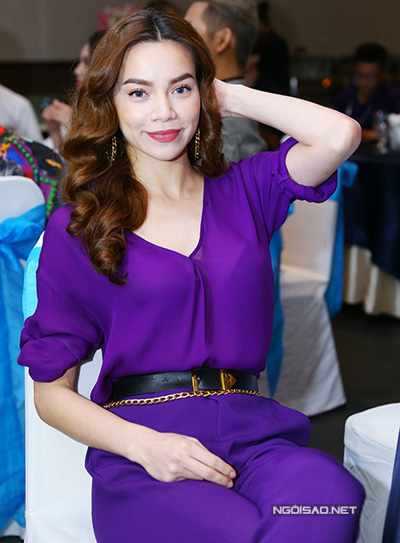 Angela phương trinh đan lê trang điểm đẹp với tông hồng