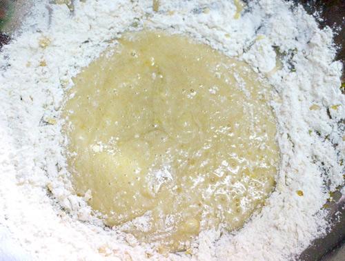 Hướng dẫn làm bánh trung thu nướng hình con sóc ngộ nghĩnh