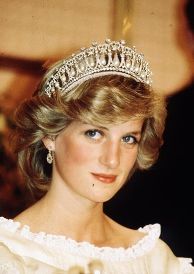 Bạn biết gì về bí quyết làm đẹp của các hoàng hậu công nương