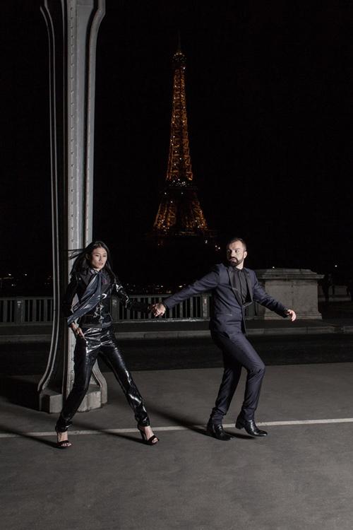 Kha mỹ vân mở màn show diễn trong paris haute couture