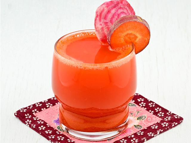 Nước ép táo cà rốt bổ dưỡng