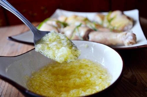 Thèm chảy nước miếng với gà luộc thơm ngon bổ dưỡng