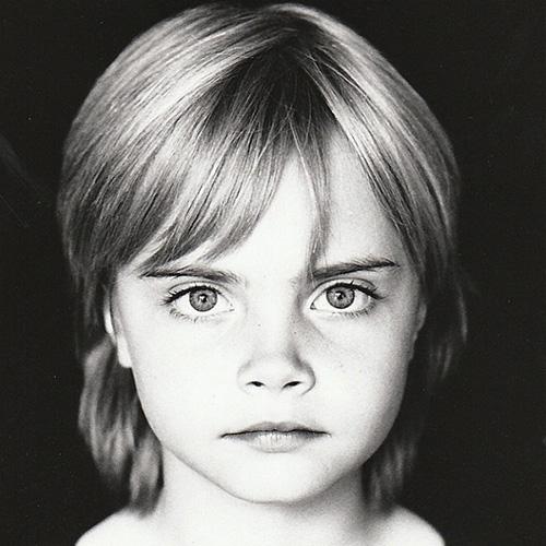 Ảnh thời thơ ấu ngộ nghĩnh của các siêu mẫu đình đám thế giới