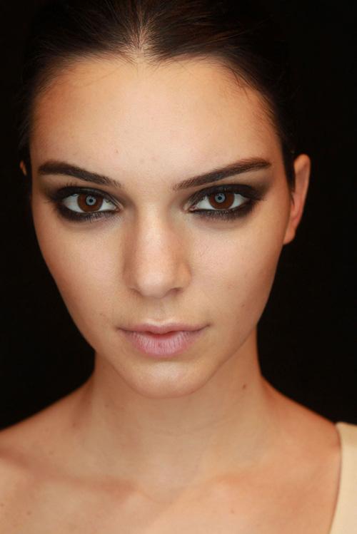 Những kiểu kẻ mắt đen khiến phái đẹp không thể từ chối