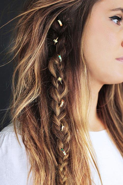 Thời trang tóc xù hoang dã đang làm mưa làm gió hè này