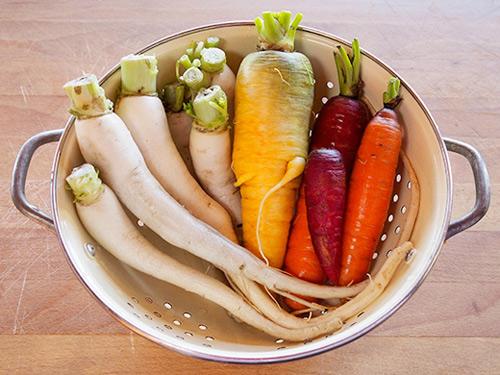 Củ cải và cà rốt ngâm chua chống ngán cho tết