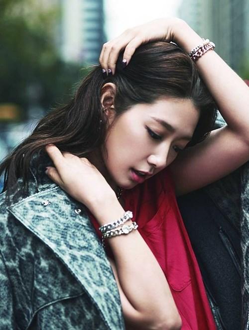 Tuyệt chiêu làm đẹp của cô nàng mặt tròn park shin hye