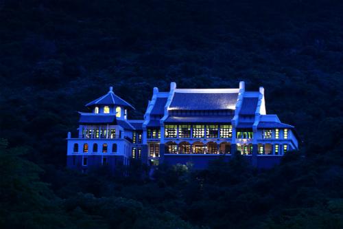 Bí ẩn khu nghỉ dưỡng bậc nhất châu á