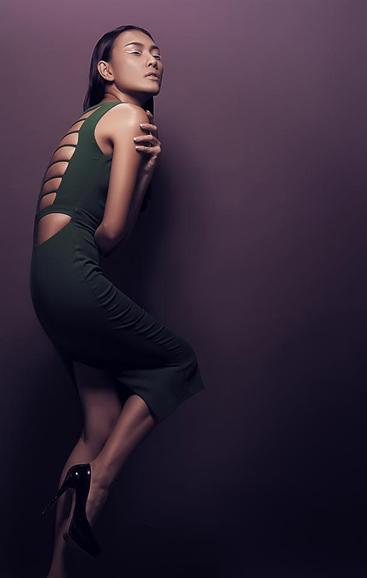 Diệu huyền diện váy áo hai dây sexy